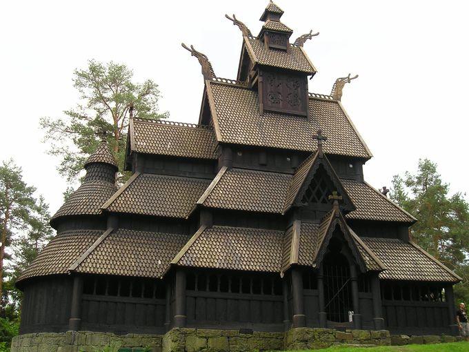 ノルウェー民俗博物館内の木造教会