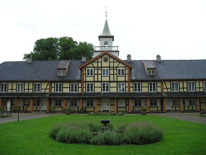 昔の学校を思わせる建物・オスロ市立博物館