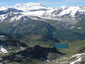 お洒落な山岳リゾート地「ヴェルビエ」!スイス最大規模のスキー場から名峰の数々を一望
