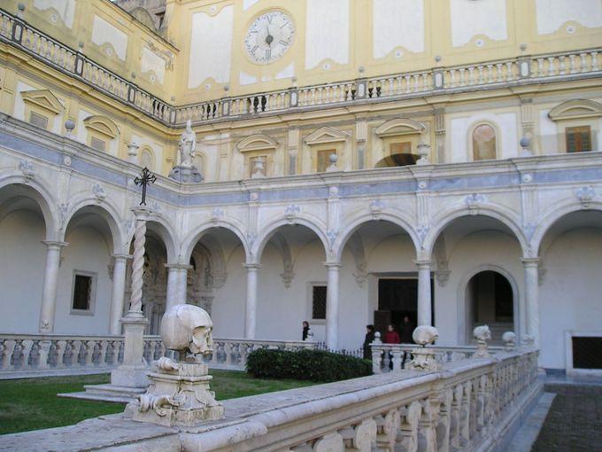 丘の上の国立サン・マルティーノ美術館