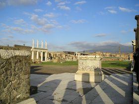 2000年前にタイムスリップ!南イタリア「ポンペイ遺跡」