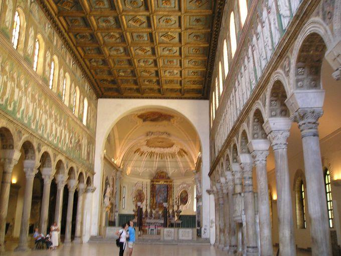 サンタポッリナーレ・ヌォーヴォ聖堂