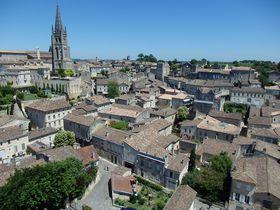 まるでお伽話の世界!仏ワインの名産地サンテミリオンの中世の町並みでテイスティング