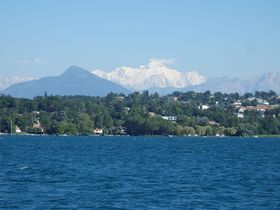 レマン湖畔に佇むスイスの国際都市「ジュネーヴ」は見所満載!