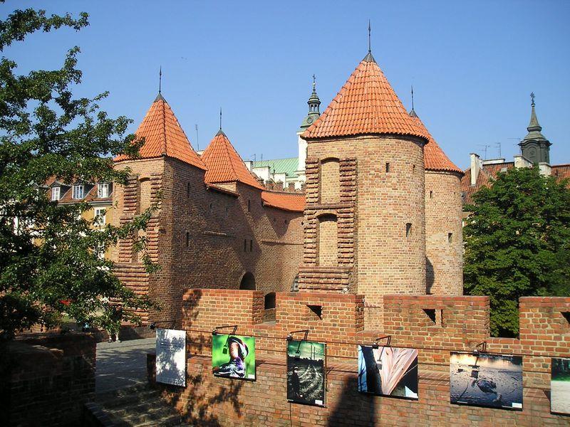 ワルシャワのおすすめ観光スポット10選 歴史を感じる街めぐり!