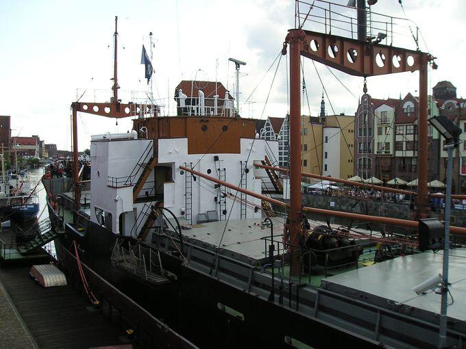 ポーランド初の蒸気船SOLDEKで船内の見学を!