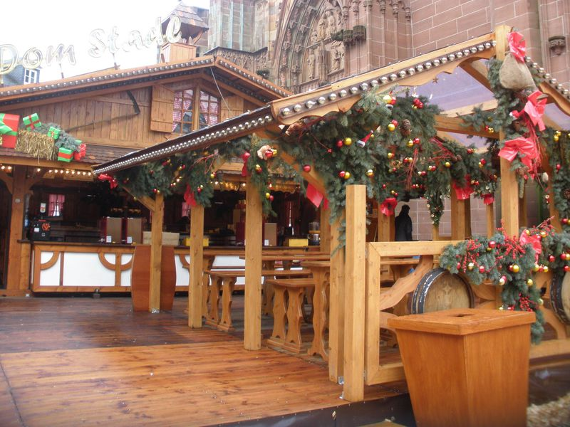 クリスマスマーケットが可愛い!独「ヴェッツラー」の木組みの町並み