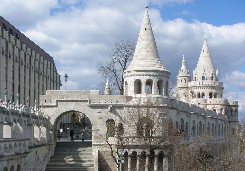 ハンガリーの世界遺産・美しい首都ブダペスト!「王宮の丘」のお薦め ...