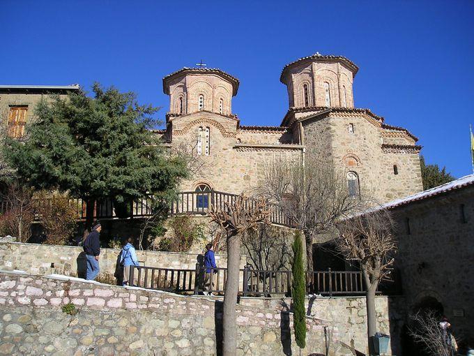 フレスコ画が素晴らしい「ヴァルラーム修道院」