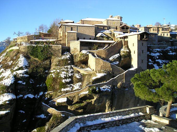 メテオラ最大の「メガロ・メテオロン修道院」