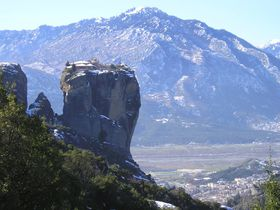 メテオラのおすすめ観光スポット5選 世界遺産にもなった神秘的な場所