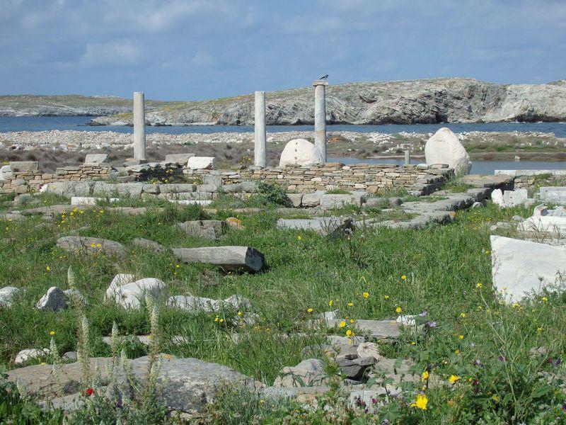 エーゲ海に輝く神話の世界!世界遺産の無人島「ディロス」は、太陽神アポロンの故郷