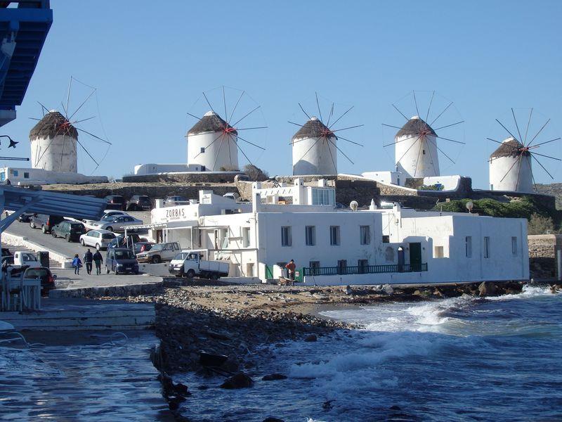 エーゲ海観光の目玉!ミコノス島の白い町並み「ミコノス・タウン」