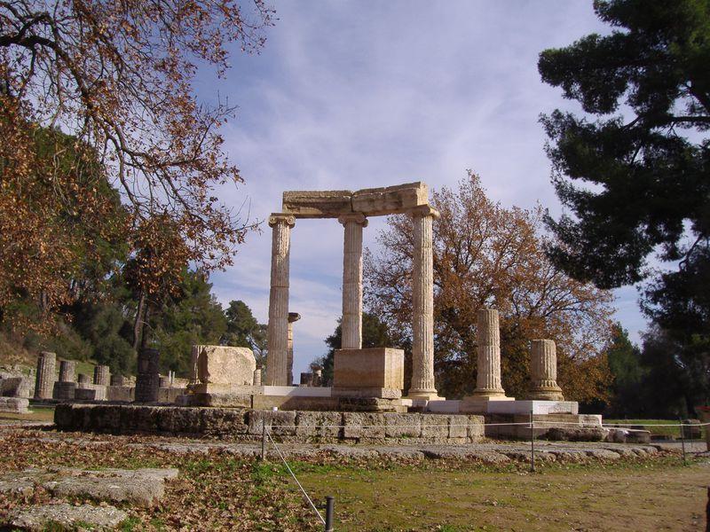 オリンピック発祥の地「オリンピア」遺跡と博物館で古代へタイムスリップ