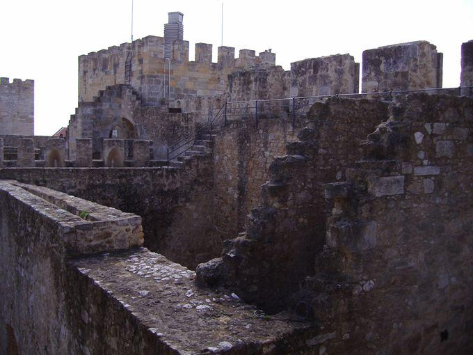 見晴らしの良いサン・ジョルジェ城