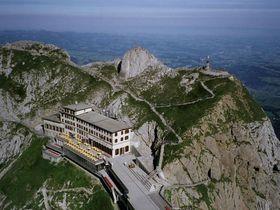スイスに亡霊伝説の山が!ピラトゥス山頂からの絶景とハイキング
