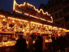 煌くフランクフルトのクリスマスマーケット!ドイツ最大規模&最古で目も眩む美しさ