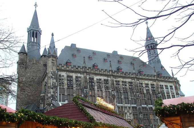 3.市庁舎