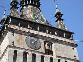 機械仕掛けの「時計塔」はルーマニア世界遺産シギショアラのシンボル