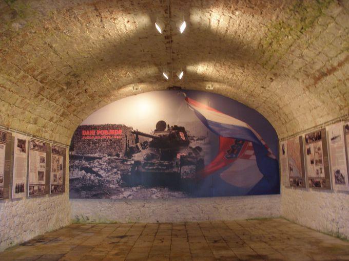 山頂には戦争博物館も