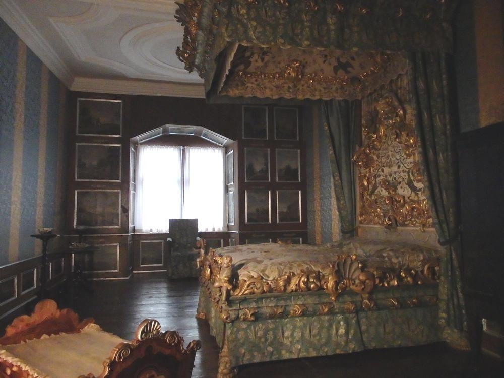ヴァイカースハイム城内見学はガイドツアーのみ
