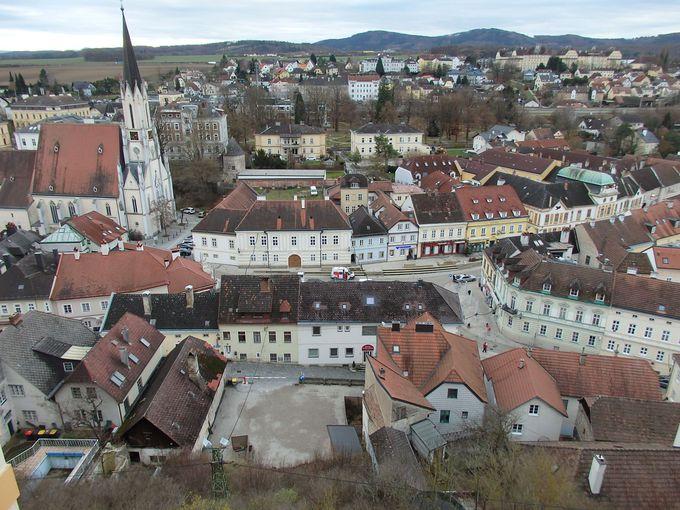 華麗なるバロックの修道院を抱える町「メルク」