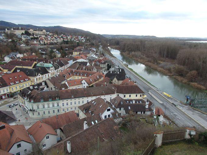 オーストリアの景勝地「ヴァッハウ渓谷」