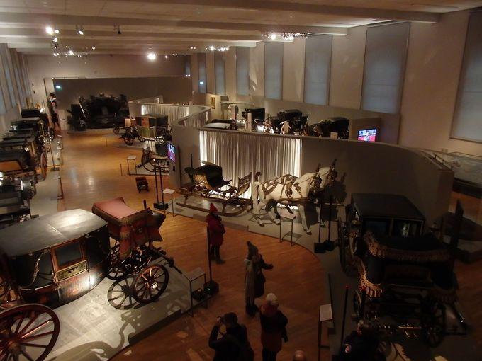 豪華な馬車がズラリ!馬車博物館もお忘れなく