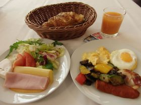 スロヴァキア首都のホテル「タトラ」はハイコスパ&充実した朝食