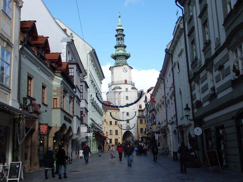 スロバキアのおすすめ観光スポット8選 街歩きも自然も満喫できる!