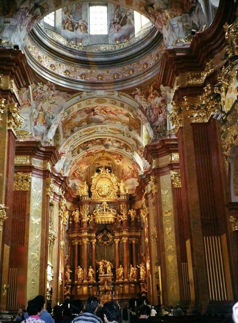 さすが世界遺産!美しいばかりの修道院
