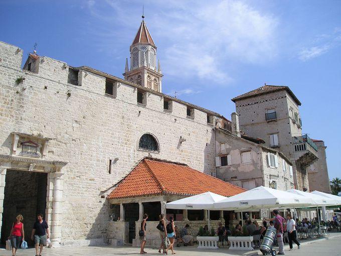 聖二コラ修道院