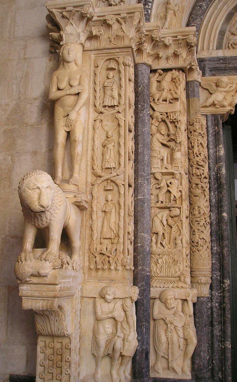 トロギールを代表する「聖ロヴロ大聖堂」