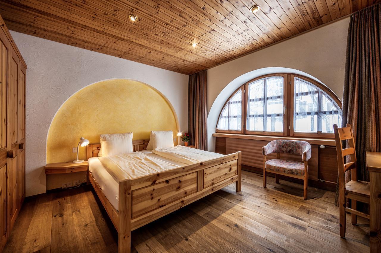 スイス・アローザ滞在は居心地抜群のホテル「アストリア」で!