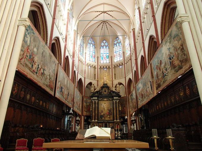 聖母教会と救世主大聖堂