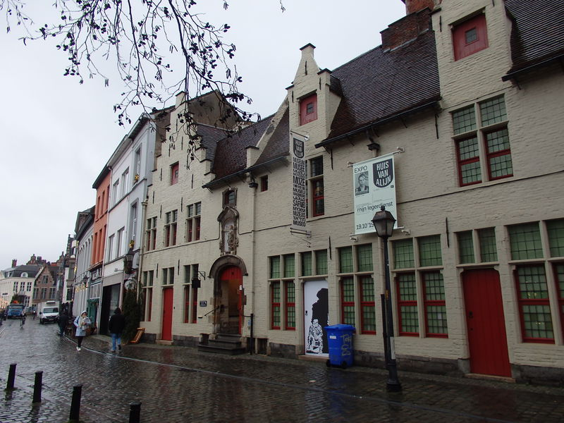 美しいベルギーの古都ゲント「民俗博物館」で触れる昭和時代?