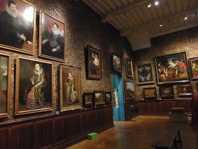 中世の情緒溢れる館に入館!アントワープの美術館と博物館巡り