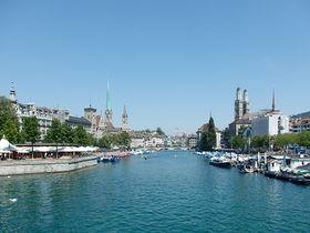 スイスの国際都市「チューリッヒ」でリマト川沿いをサクっと散策