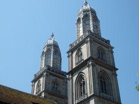 絶景スポット!チューリッヒ大聖堂の塔からスイス国際都市を一望