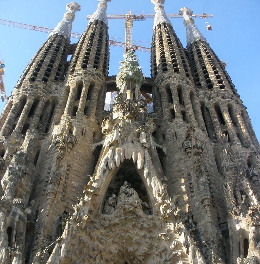 着々と完成へ!「サグラダ・ファミリア聖堂」はバルセロナ代表の世界遺産