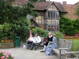 英「ストラトフォード・アポン・エイヴォン」で巡るシェークスピアの世界