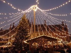 運河の町ベルギー「ブルージュ」で楽しむクリスマスマーケット
