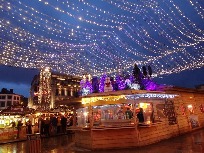 サン・ランベール広場のクリスマスマーケット