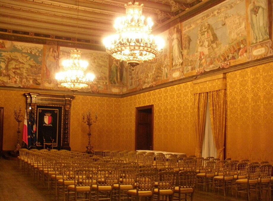 豪壮な部屋