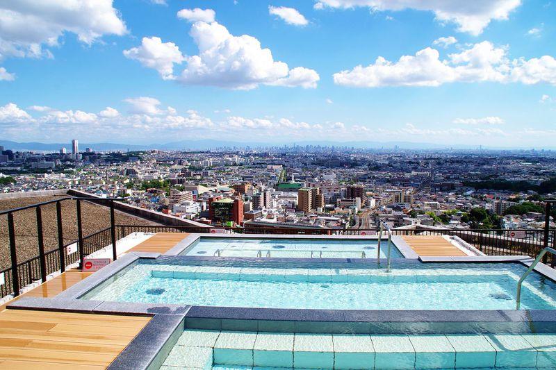 大阪を一望できる露天風呂が大人気「大江戸温泉物語 箕面観光ホテル」