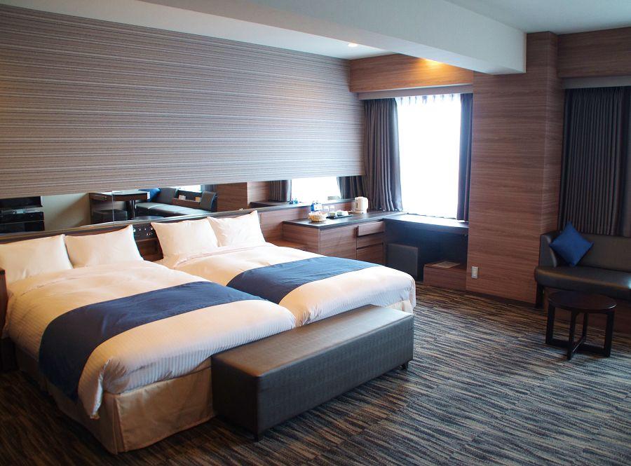 1.ホテルヒューイット甲子園