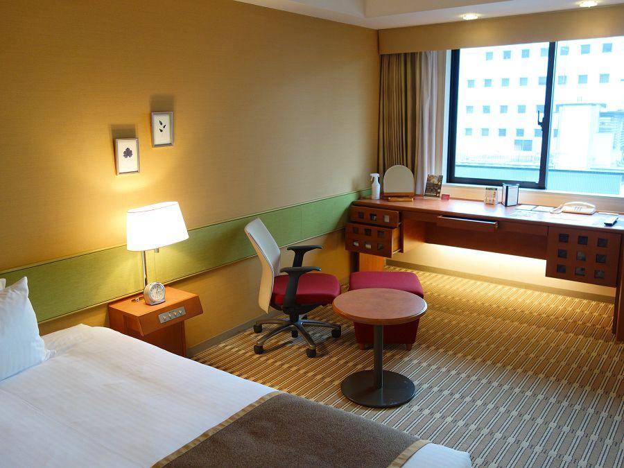 広い客室で贅沢な大阪ステイ「ホテル・ザ・ルーテル」