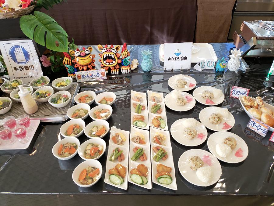 朝食も沖縄時間