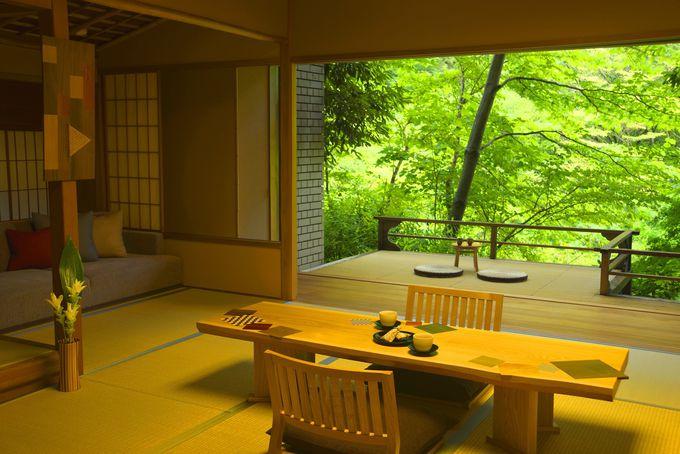 伝統工芸「箱根寄木細工」の魅力が随所に