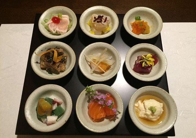 夕食のハイライトは、龍王峡の龍神伝説にちなんだ「龍神鍋」